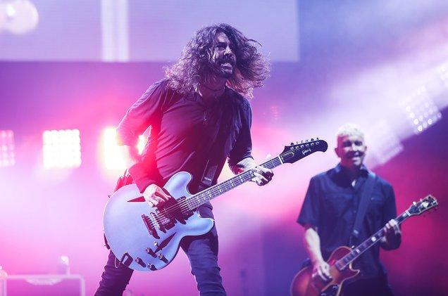 Glastonbury 2017 ocorreu nesse final de semana com shows de The Killers, Radiohead e Ed Sheeran
