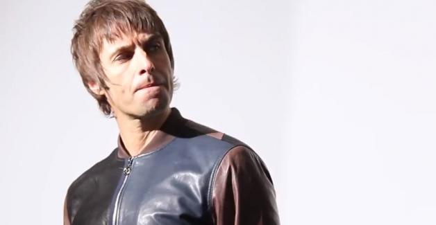 Liam Gallagher aposta nos grandes sucessos do Oasis em tracklist de show