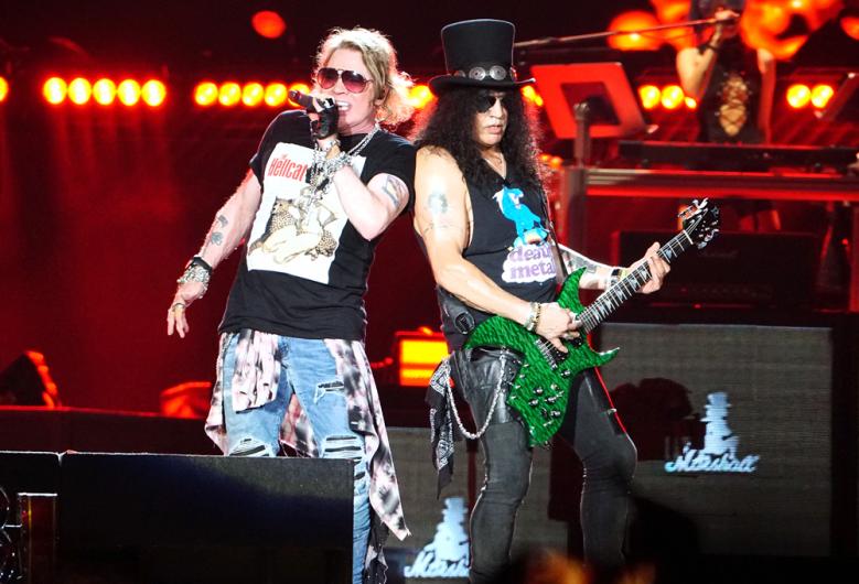 Guns N' Roses terá o retorno de Izzy Stradlin, segundo empresário