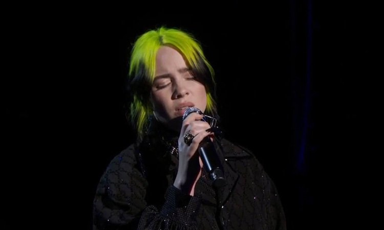Billie Eilish brilha e Eminem causa controvérsias: veja como foram as apresentações musicais no Oscar