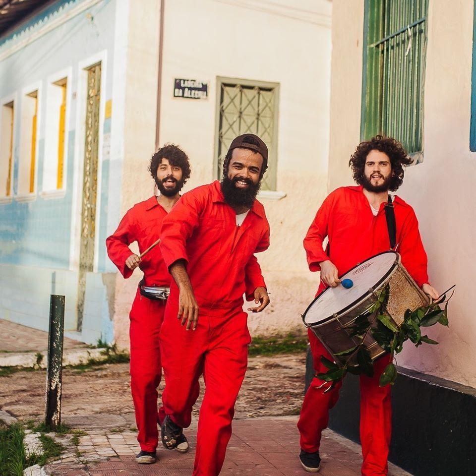Junto a naipe de metais, The Baggios fará show em São Paulo